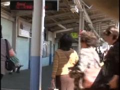 1【涩涩网】-在满员电车被色狼猥亵